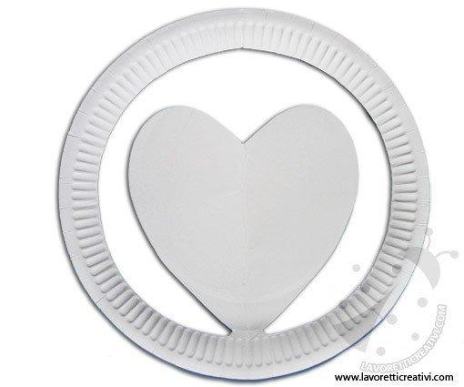 cappello-piatto-carta-cuore-3