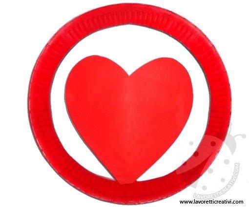 cappello-piatto-carta-cuore-4