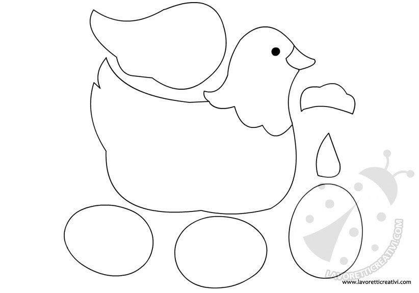 cartamodello gallina con uova Pasqua