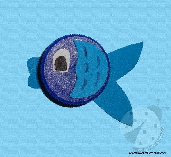 pesci-tappi-plastica-3