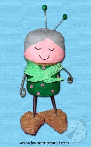 nonna-lavoretti-tappi-sughero