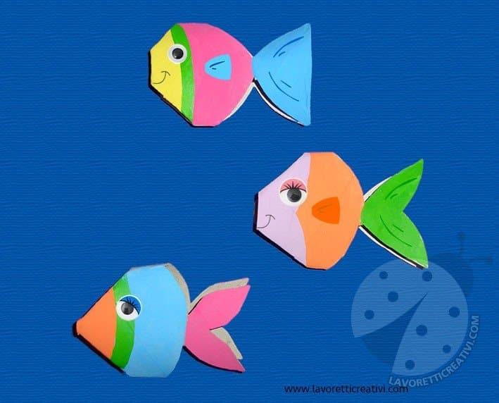 Pesci con rotoli di carta igienica lavoretti creativi for Immagini di pesci da stampare