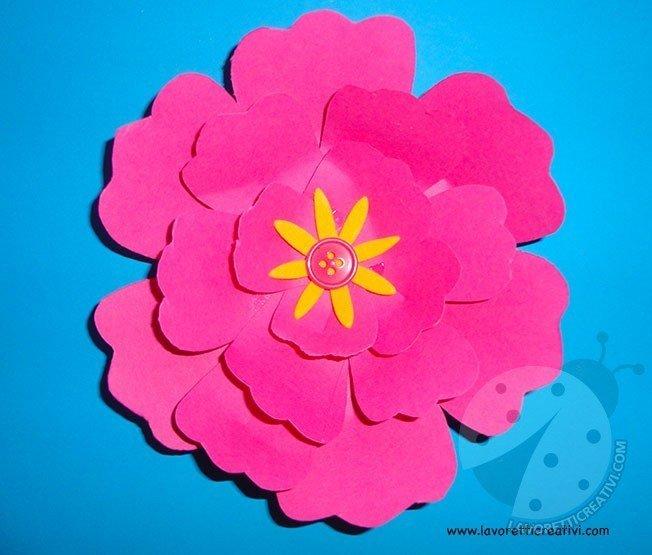 Come fare fiori di carta semplici 6
