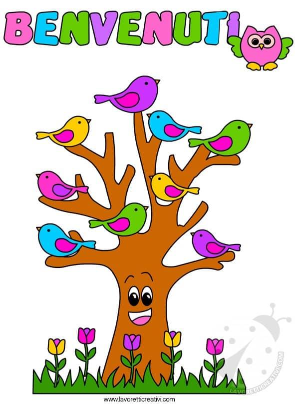 Idea cartellone accoglienza con albero e uccellini for Cartelli porta aula scuola primaria