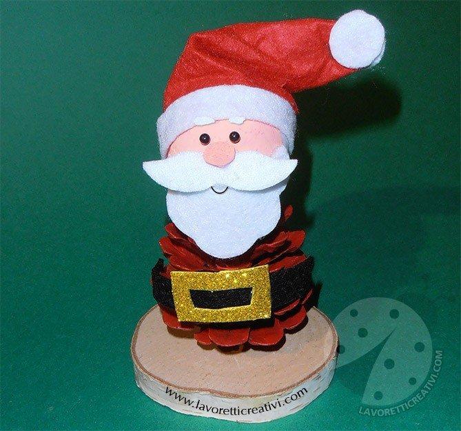 Babbo Natale con pigna