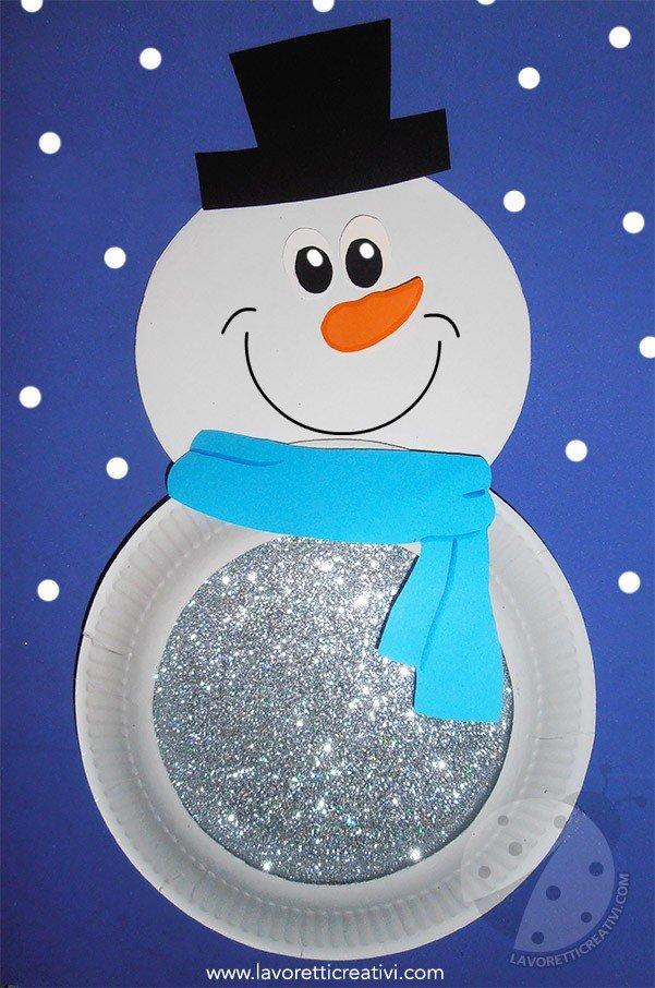 Lavoretti sull'Inverno per bambini Pupazzo di neve con piatti di carta