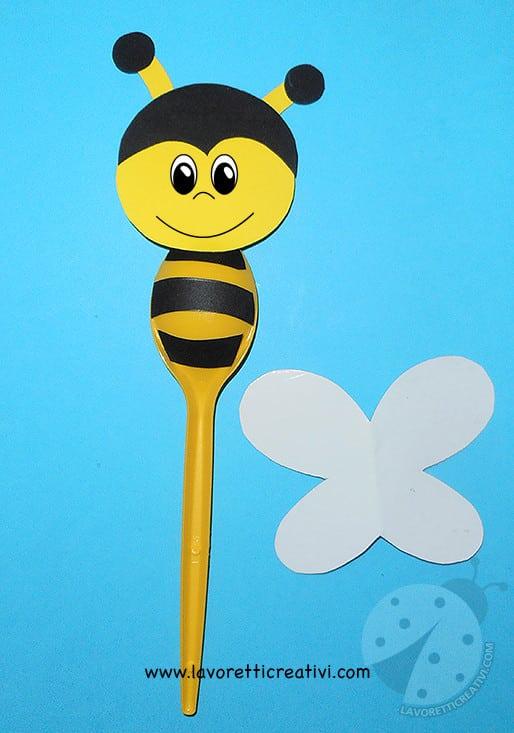 Lavoretti per bambini api con cucchiai di plastica for Immagini api per bambini