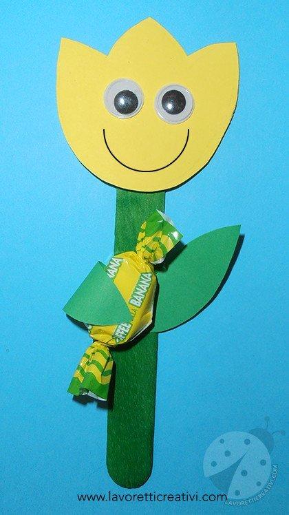 Fiore con caramella per l 39 accoglienza a scuola lavoretti for Lavoretti creativi per accoglienza scuola infanzia