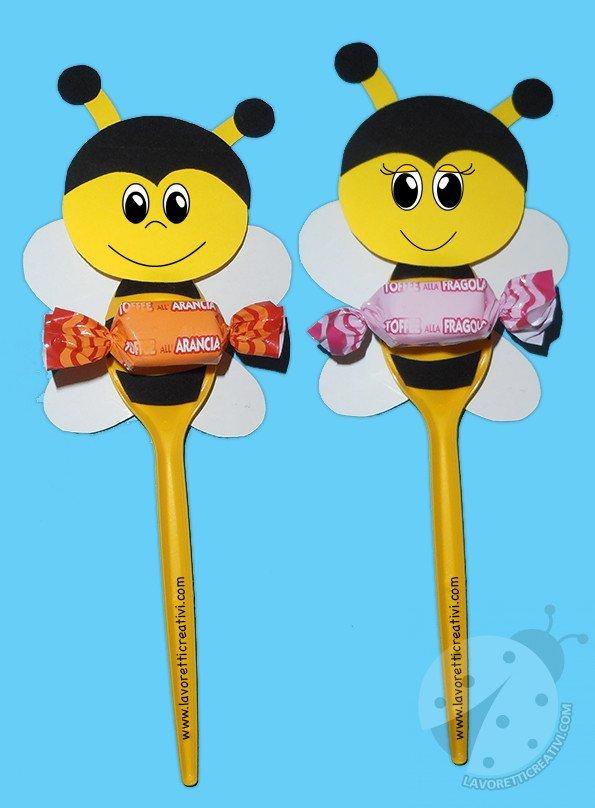 Lavoretti per bambini api con cucchiai di plastica for Lavoretti accoglienza infanzia